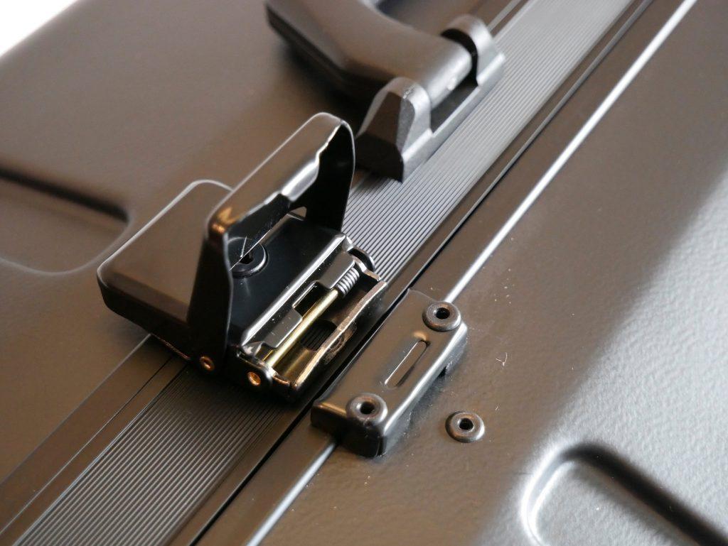mega macs 77 Kofferverschluß
