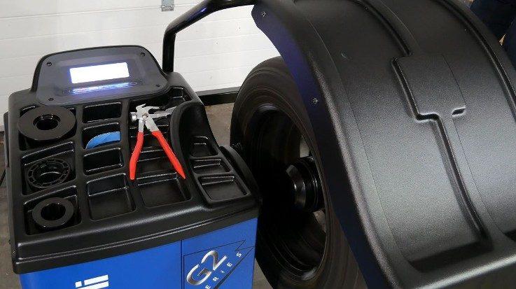 Ravaglioli Reifenwuchtmaschine G2.119RFM